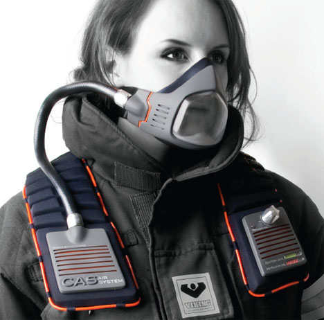 File:Amira Paulsen with Breather.jpg